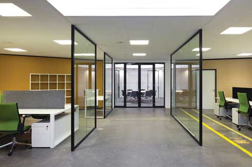 Transparency was an important consideration while deciding the form of the walls and separations in the centre.