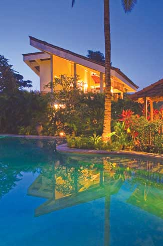 One of the four unique tropical houses set in a jungle style garden which promotes an experience of the heady magic of the tropics at all times.