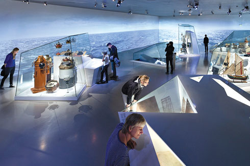 The exhibition designed by the Dutch exhibition architects Kossmann. Dejong is conceived as a high sea journey full of adventures. This gallery is a sail through the icebergs.