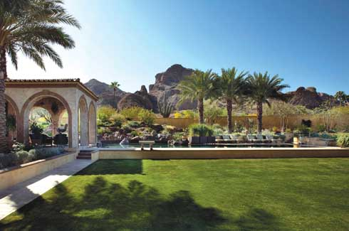 The clever use of variation of heights is an important part of the design which encompasses different levels of gardens and pays due homage to the crowning glory of Camelback Mountain.