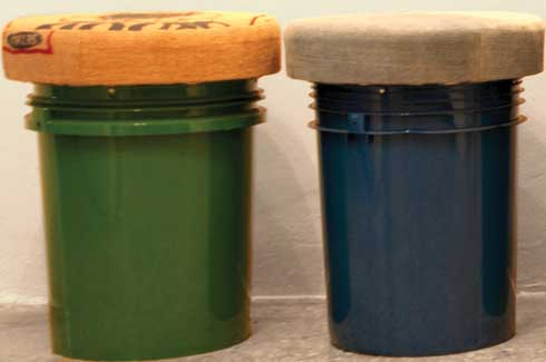 Bucket Stools   All you need is an old paint buckets and old  jute bags