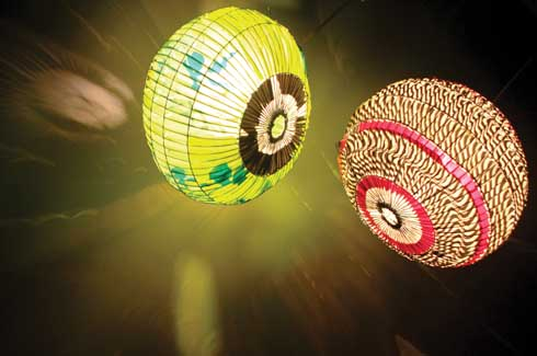 FLamps  Lamps created using traditional birdcages and discarded shopping bags