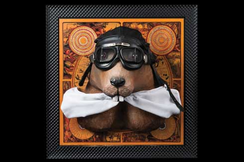 Mariette, the groundhog was inspired by Amélia Earhart, the first woman to fly solo across the Atlantic. Unlike the groundhog which actually lives on the ground or under the ground, this Marmot is all geared up to take on the skies.