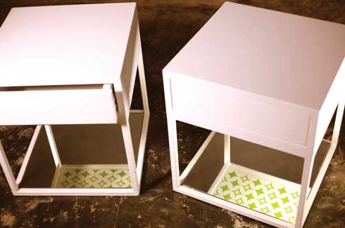 Green Printed Tables With ongoing experimentation of the screen-printed accent tables, this side table adds an artistic expression to an otherwise usual piece