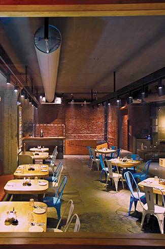 Brewbot Eatery & Pub Brewery, The Busride Design Studio, Ayaz Basrai, Mumbai, microbrewery equipment, industrial warehouse ambience.