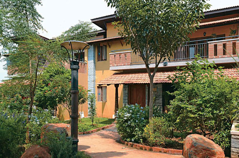 Good Earth, The Future Arc Green Leadership Award 2015, Good Earth Malhar, Bangalore, Stanley George, Parthsarthy S, Jeeth Iype, Natasha Iype, Malhar eco-village, eco-friendly homes.