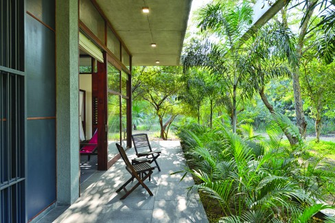 Modo Designs, Arpan Shah, Megha Vadodaria, House of Trees, weekend home.
