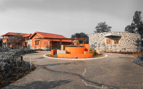 Himanshu Patel, farmhouse, Vernacular architecture, Amalsad village, Vashi farmhouse.