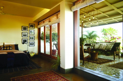 Rubel Dhuna Architects, Flyover Farmhouse, The Lawyer's Den, mini-universe, traditional Indian furniture.