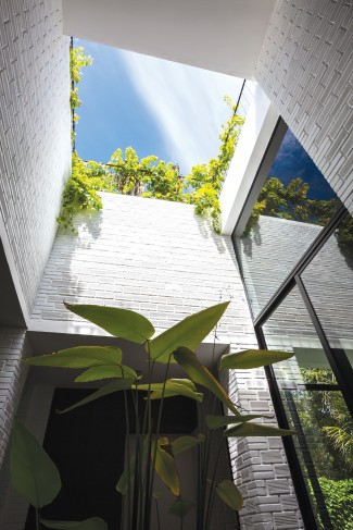 Vo Trong Nghia Architects, Hoan House, Vietnam, sustainable development.