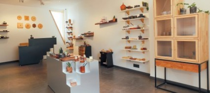 Objectry, Ghitorni, Delhi, Sugandh Kumar, Aanchal Goel, lifestyle accessories, Wood, pottery, stoneware, terracotta, metal.