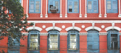 Doors, windows, Kunal Bhatia, Knesset Eliyahoo synagogue, Shimla's Municipal Corporation, Banganga.