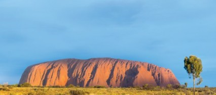 Australia, The Outback, The Red Centre, Uluru, the Kata Tjuta, Tjukuritja, Devils Marbles, Kings Canyon, MacDonnell Range.