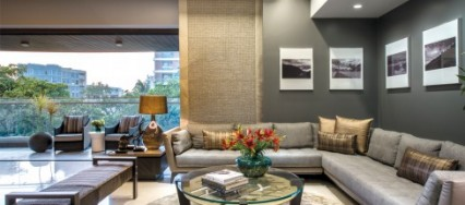 Juhu, Mumbai, Rakeshh Jeswaani, understated design, contemporary apartment, terraces, Tanjore painting, Neeraj Patel.
